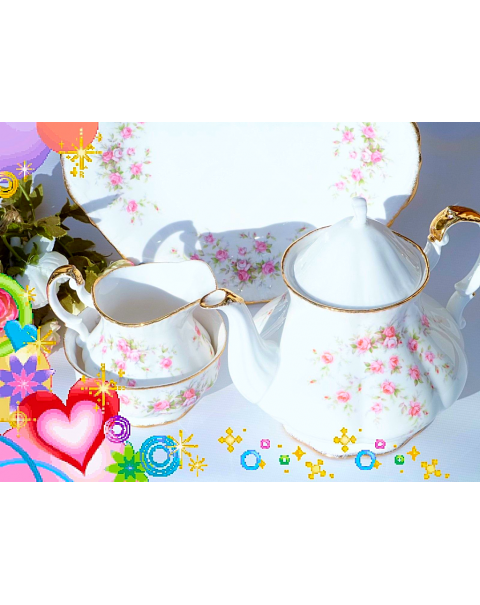 (OUT OF STOCK) PARAGON VICTORIANA ROSE TEAPOT SET